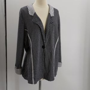 Chico's black/white striped knit blazer-sz 16